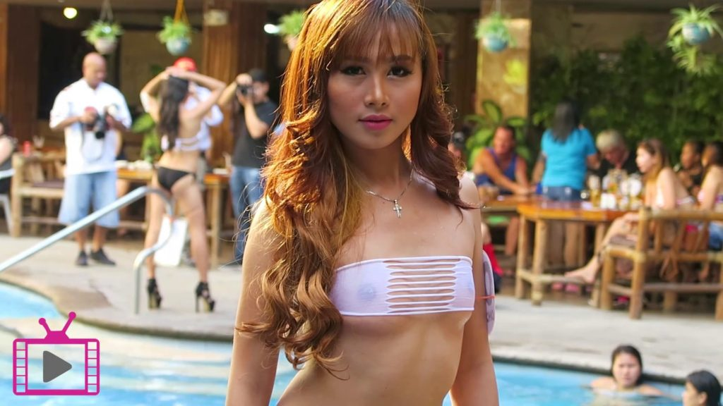 Score Birds Hotel Pool Party Angeles City 1